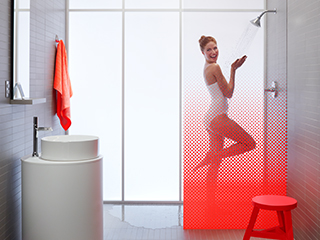 Moxie™ Showerhead + Wireless Speaker